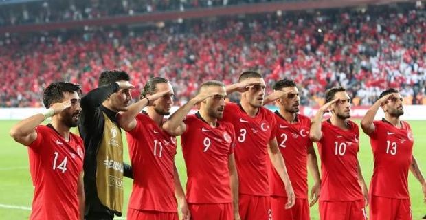 Türkiye Zafere koştu 2-0