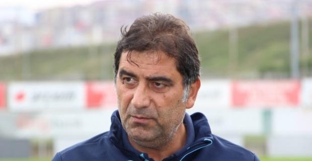 Trabzonspor'da Ünal Karaman ile yollar ayrıldı.!
