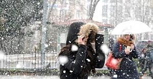 bMeteorolojiden Kar yağışı uyarısı.../b