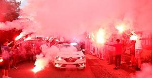 Şampiyonluk AŞKINA Saldır Trabzon