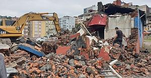 Vakfıkebir Tarihi Hamamı yıkıldı